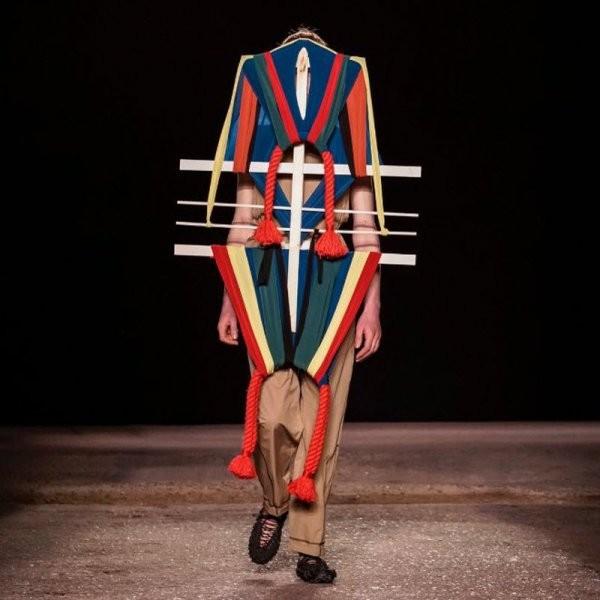Мужская мода 2020 мужским и не пахнет (21 фото)