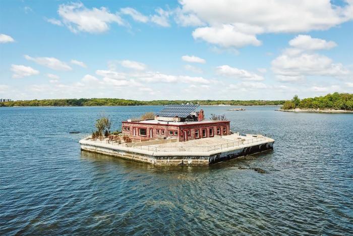 Возле Нью-Йорка продаются два приватных острова (18 фото)