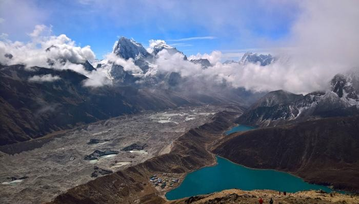 Зачем люди ходят в горы? (18 фото)