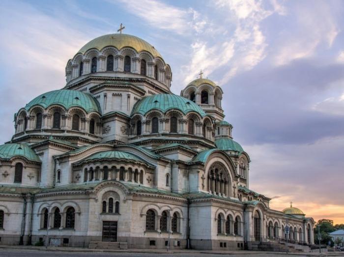 Места, которые стоит посетить, пока их не заполнили туристы (15 фото)