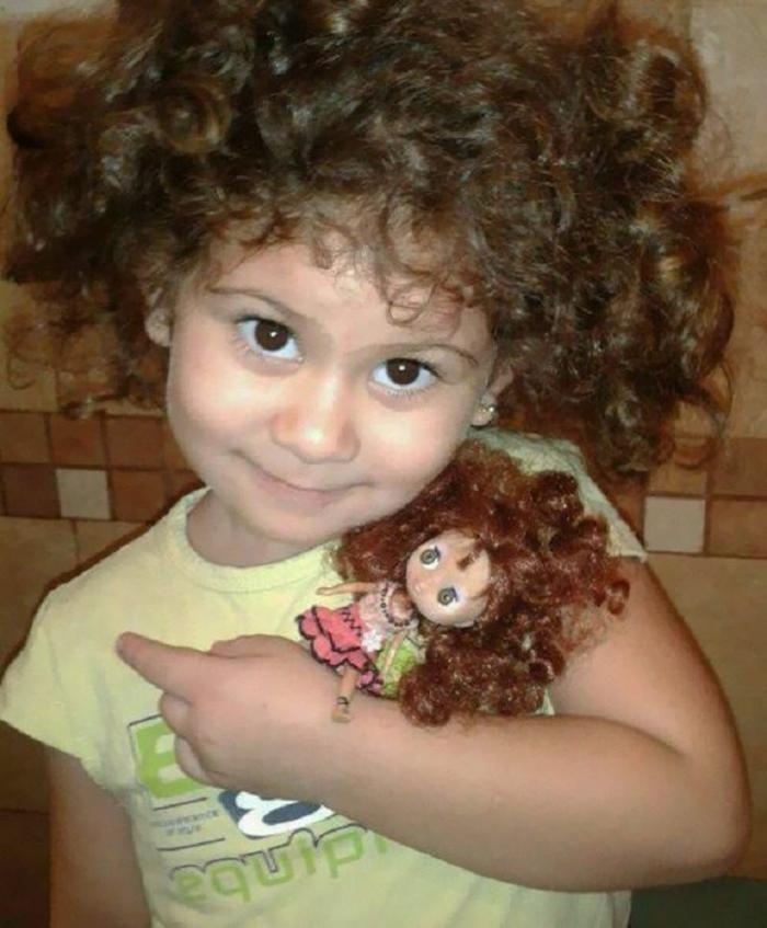 20 детей, которые выглядят точь-в-точь как их куклы (20 фото)