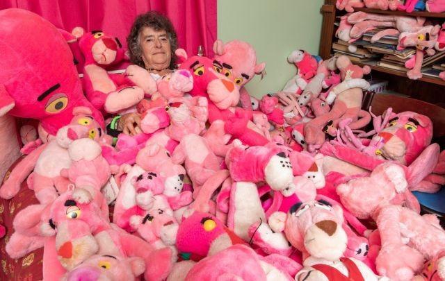 Жизнь в розовом цвете: пенсионерка и ее необычное хобби (5 фото)