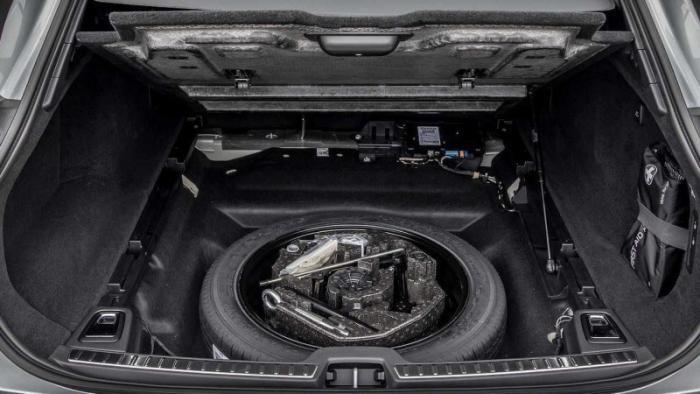 Автомобильные фишки, которые уходят в прошлое (10 фото)
