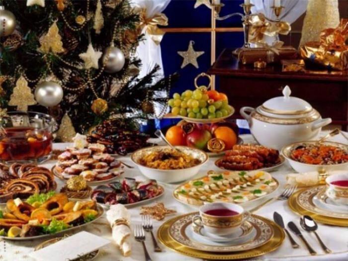 Исследование: сколько россияне тратят на новогодний стол? (2 фото)
