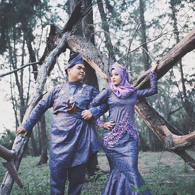 Как одеваются женихи и невесты в разных странах мира (10 фото)