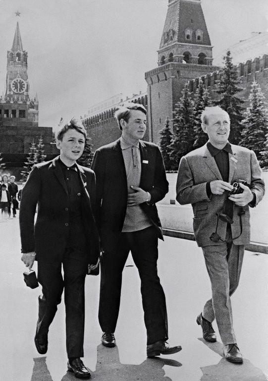 Подборка редких фотографий знаменитостей (20 фото)