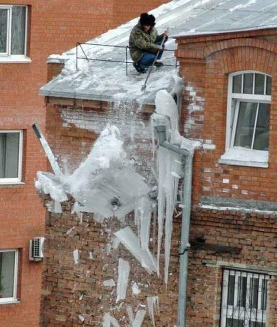 Примеры находчивости соседей и сотрудников ЖКХ (14 фото)