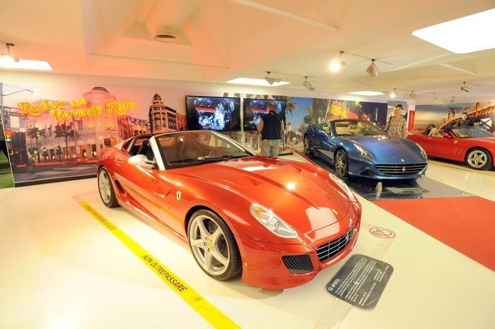 Мир Ferrari в фотографиях (26 фото)