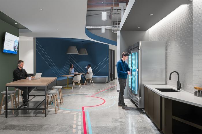 Самые удивительные офисы компаний (9 фото)