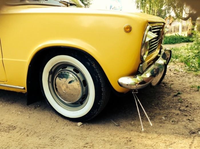 Зачем нужны были «усы» на бампере старых авто (5 фото)