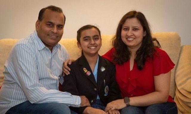 Фрейя Манготра - 10-летняя девочка, у которой IQ выше (3 фото)