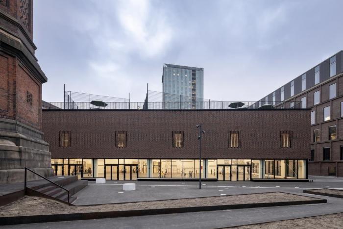 Европейская школа в Копенгагене (18 фото)