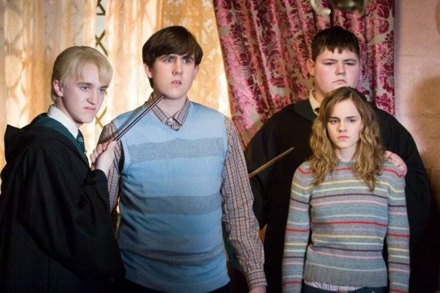Повзрослевшие актеры «Гарри Поттера» (5 фото)