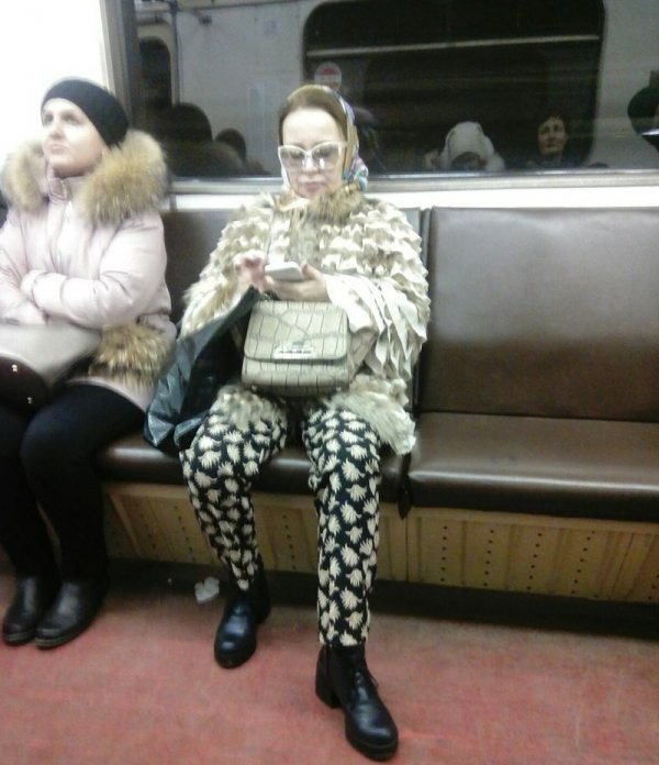 Модные обитатели метрополитена (30 фото)
