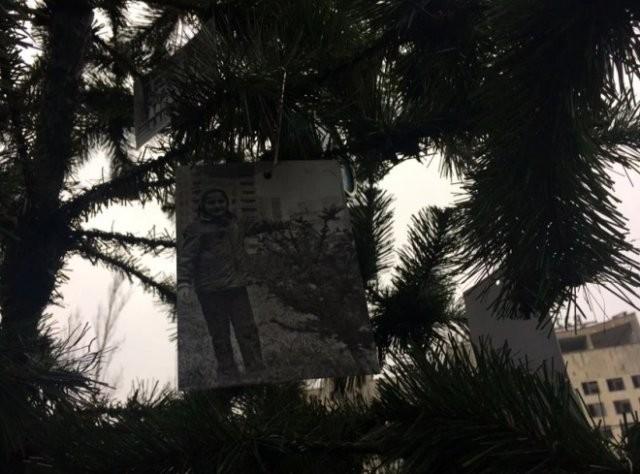 В Припяти под Новый год установили елку (4 фото)