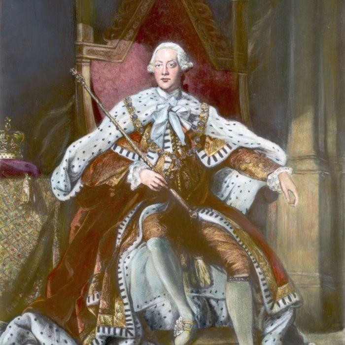 Монархи, которые прославились очень странными хобби (6 фото)