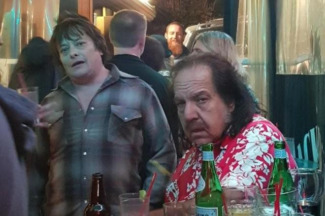 Что стало с актером, который сыграл Джон Коннора в «Терминаторе»(2 фото)