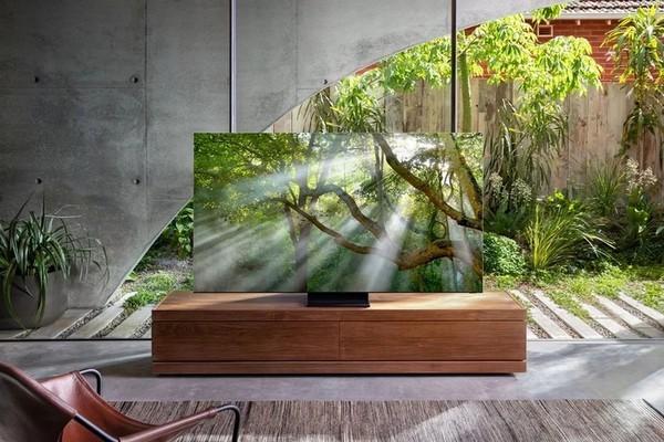 Samsung представили первый безрамочный телевизор в мире (фото)