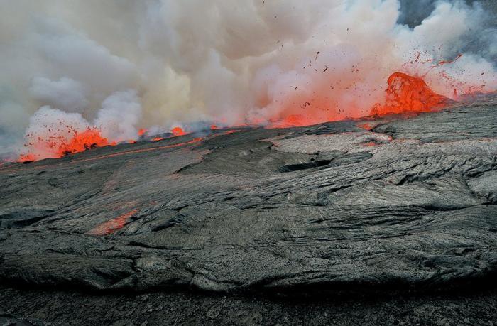 Кратер вулкана Ньирагонго (29 фото)