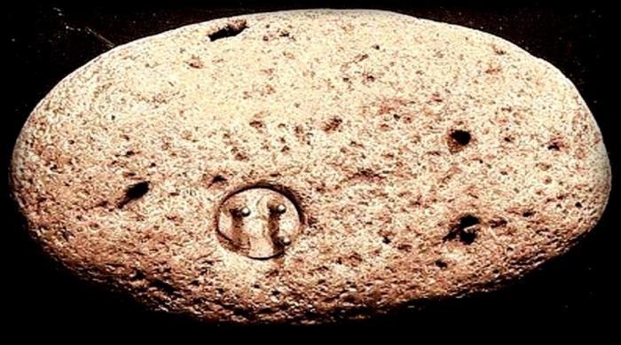 Древнейшие артефакты, которые наука не может объяснить (7 фото)