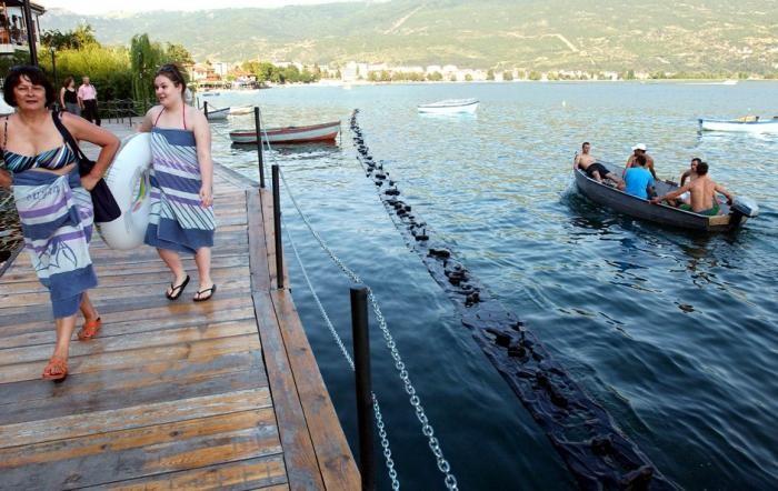 Лучшие озера для летнего отпуска (15 фото)