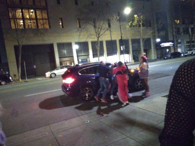 В США косплееры спасли женщину от нападения (3 фото)