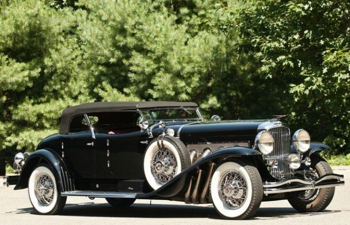 Cтаринные автомобили, которые сегодня стоят целое состояние (9 фото)