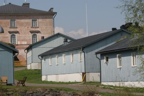 Открытая тюрьма на острове Суоменлинна (4 фото)