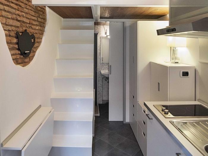 Интерьер квартиры площадью 7 квадратных метров в Риме (14 фото)