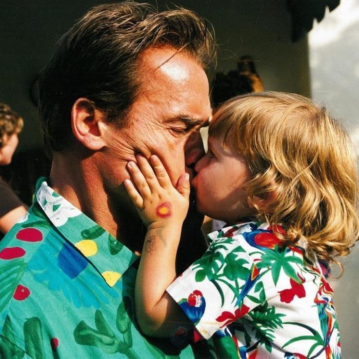 Арнольд Шварценеггер — не просто звезда — он сказочный папа (12 фото)