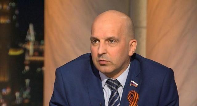 Ивану Урганту пришлось извиняться перед верующими (3 фото)
