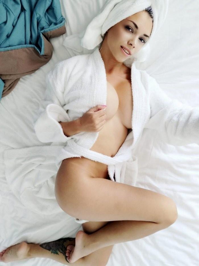 Девушки в полотенцах (20 фото)