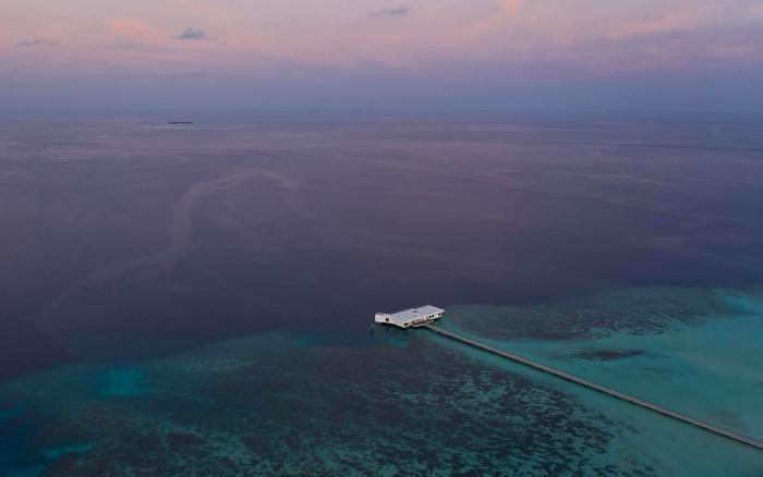 Подводная вилла в отеле на Мальдивах (19 фото)