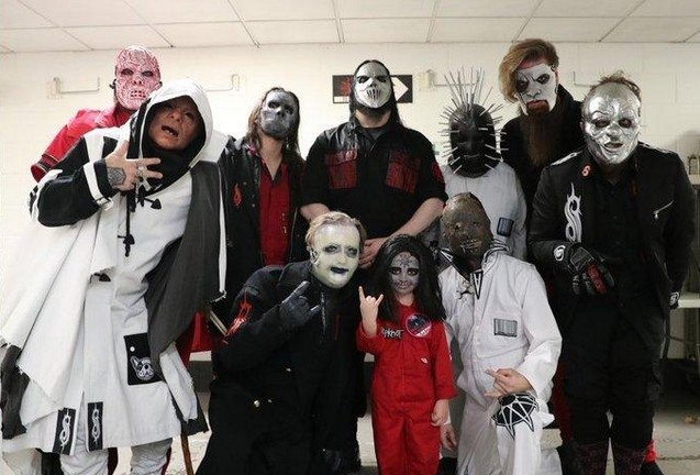 Пятилетний фанат Slipknot настолько впечатлил группу (3 фото)