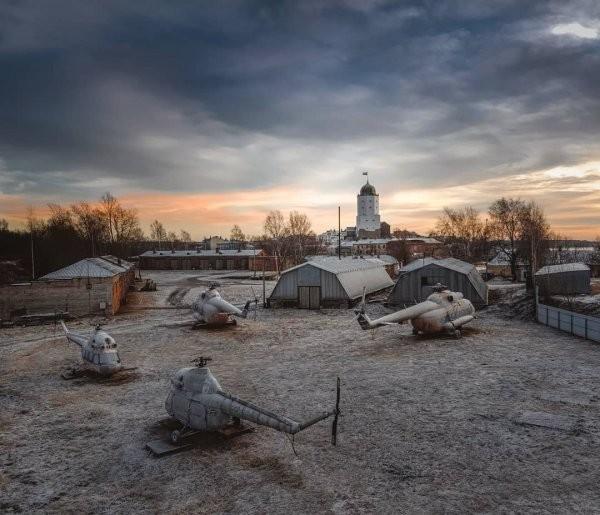 Атмосферные фотографии заброшенных мест Санкт-Петербурга (25 фото)