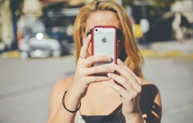 В Китае больше некому собирать популярные iPhone (2 фото)