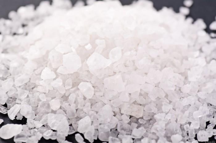 Опасны ли патроны с солью (6 фото)