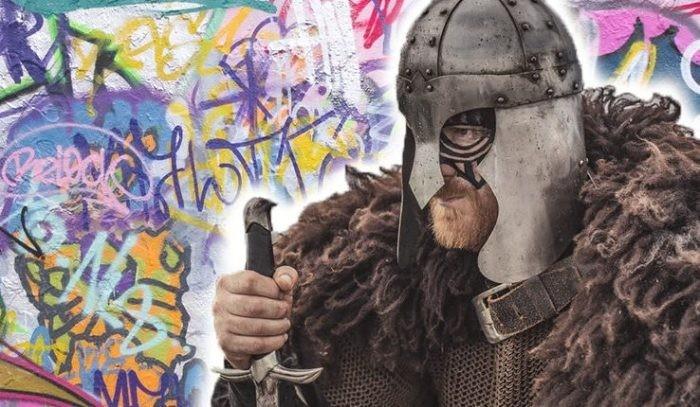 Как выглядят граффити, которые рисовали викинги (5 фото)