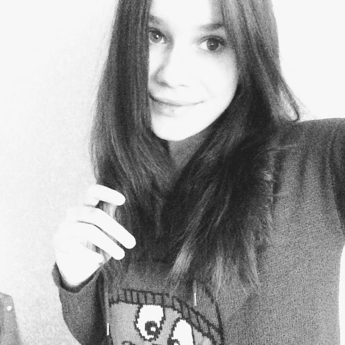 Александра Юдина умерла после конкурса по поеданию пирожных (4 фото)