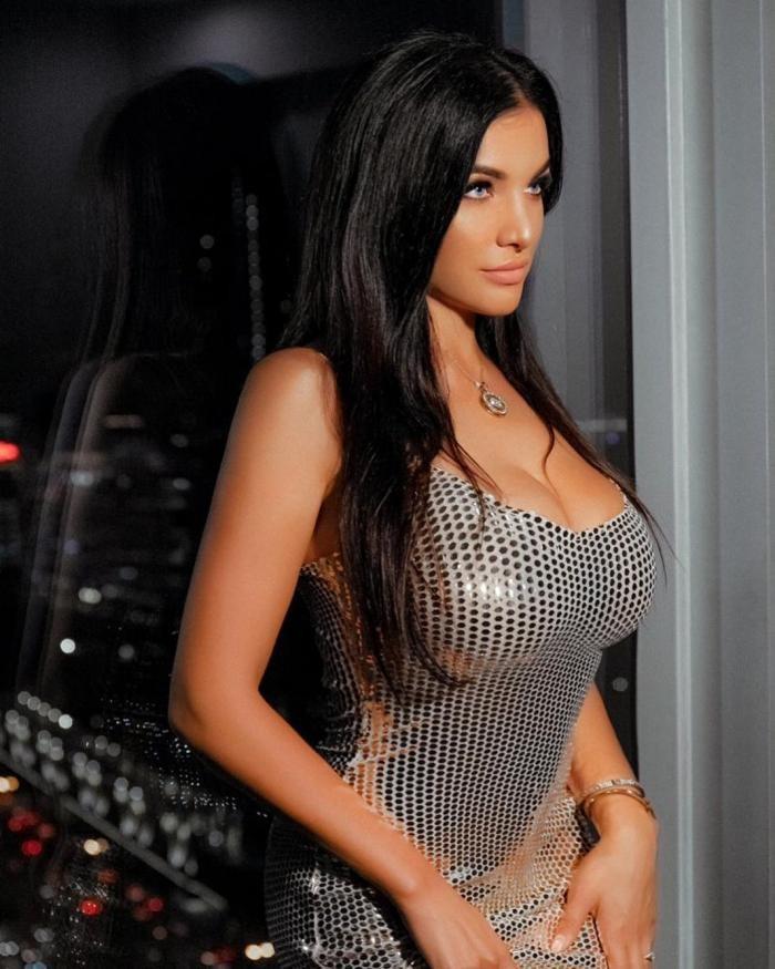 Модель Playboy Кира Шайн вылечилась от рака (13 фото)