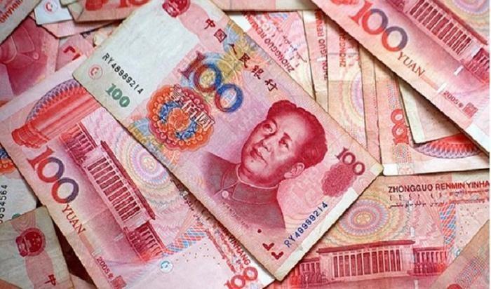 В Китае решили начать уничтожение денег из-за коронавируса (2 фото)