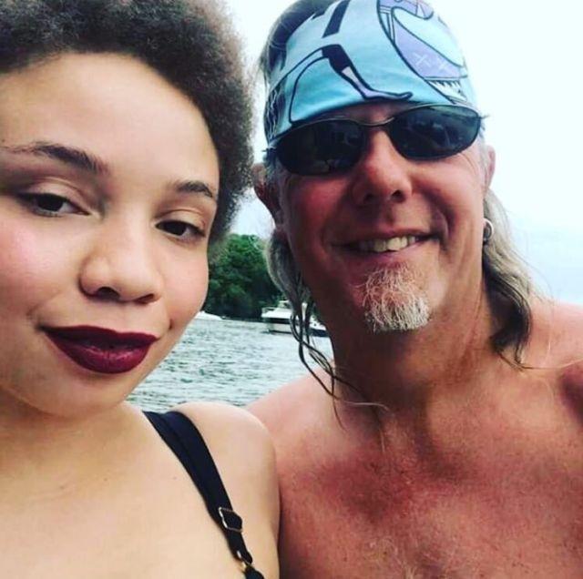 Дочка Стивена Спилберга решила податься в порно (3 фото)