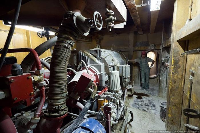 Шагающий экскаватор в объективе (36 фото)
