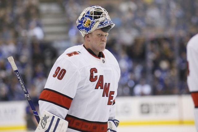 Дэйв Эйрс - 42-летний заливщик льда, который стал героем НХЛ (2 фото)