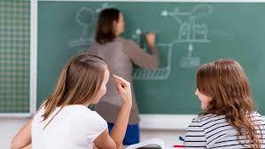 В России предложили штрафовать родителей учеников-хамов (2 фото)