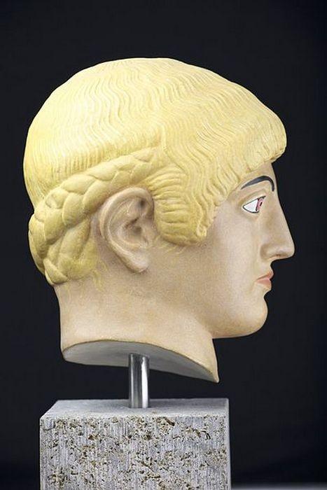 Учёные выяснили, когда появились первые блондинки (7 фото)