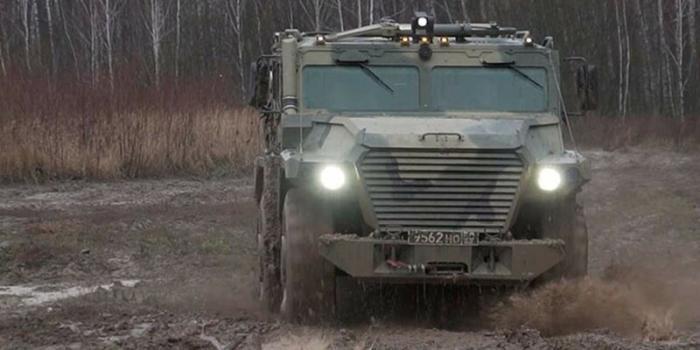 Новый броневик для армии и полиции России (2 фото)