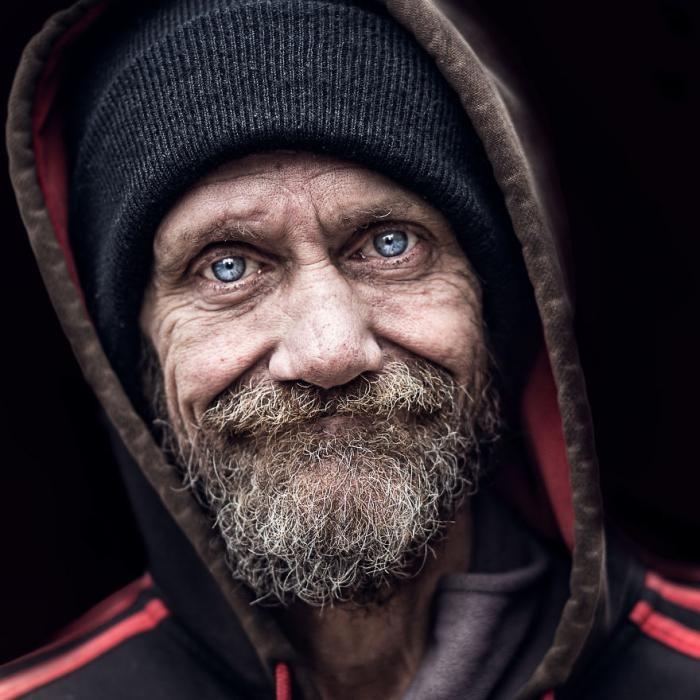 Портреты бездомных от фотографа Педро Оливьера (9 фото)