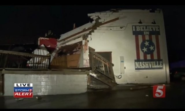Посмотрите, как выглядит Нэшвилл, переживший торнадо (26 фото)