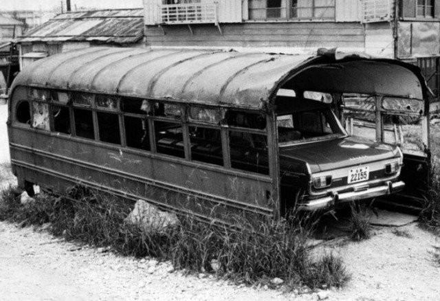 Умельцы дают транспорту вторую жизнь (14 фото)